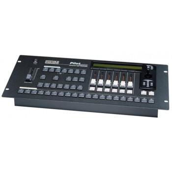 SGM PILOT 2000 DMX512 универсальный пульт-контроллер